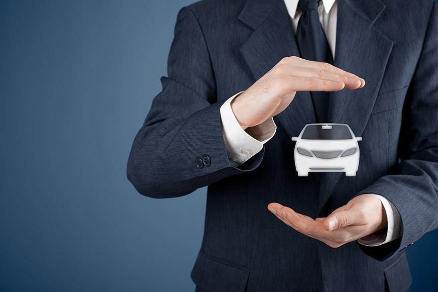 Como incluir o custo do seguro auto no orçamento doméstico